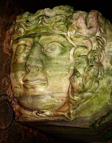 467px-Basilica_Cistern_Medusa_Rotated